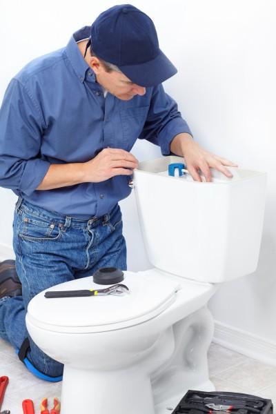 Toilet repair in Glendale, CA